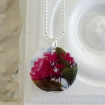 Pink flower necklace $15 USD
