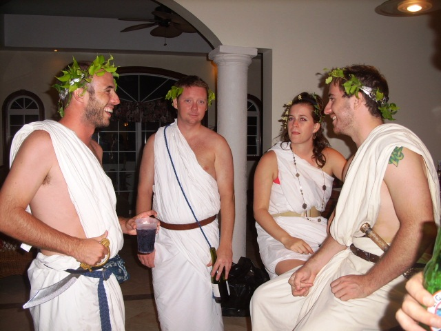 How To Make A Guy Toga Toga Party - ta...