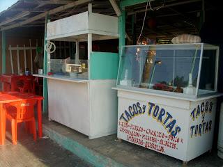 Tacos y Tortas