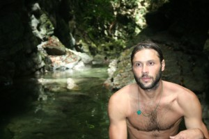 Peter Bragiel In Transit TV Guatemala