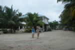 where to stay in ambergris caye