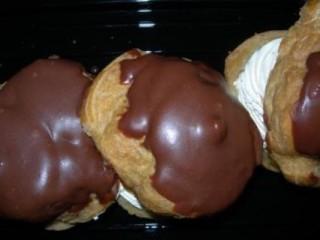bite sized cream puffs