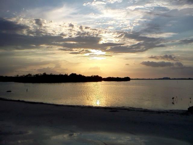 san pedro belize sunset picture