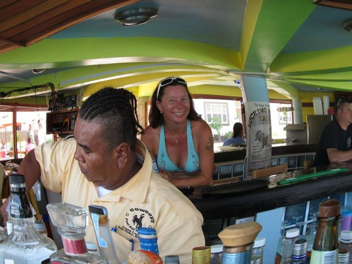 resorts with swim up bars grand caribe resort