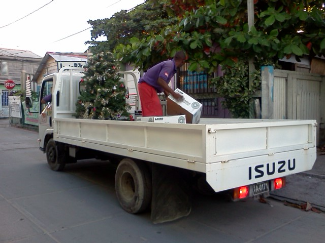 belize shopping a christmas delivery from castillos hardware