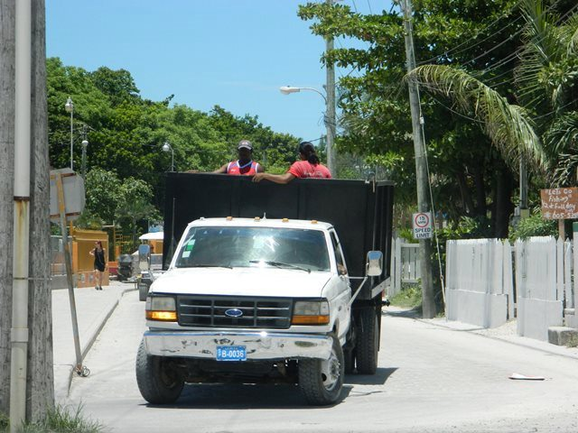 driving in belize