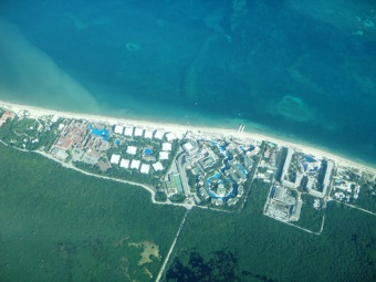 flying from mexico to belize on tropic air