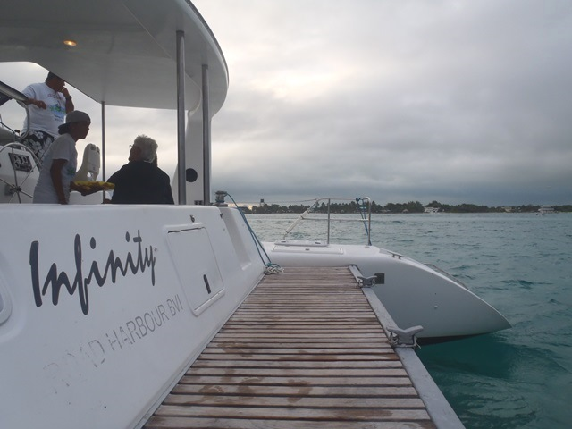 catamaran charter ambergris caye belize