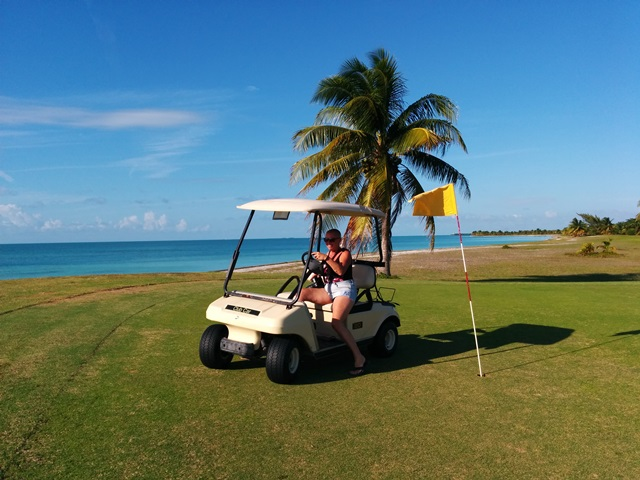 golfing in belize